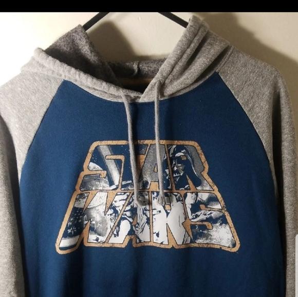 Star Wars Pullover Hoodie Size Medium!